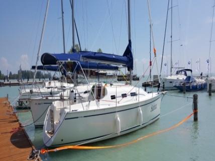 Új építésű Dolphin 28 - Hajóbérlés